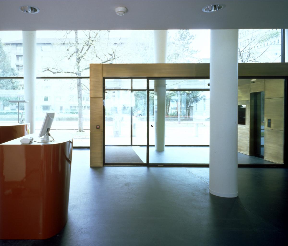 Fugenlose Bodenbeläge in Raiffeisenbanken