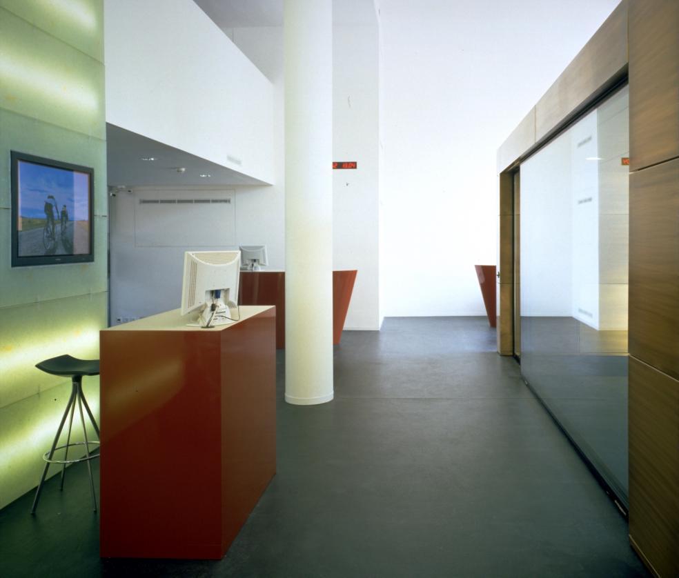 Umbau Raiffeisenbank Basel 2001