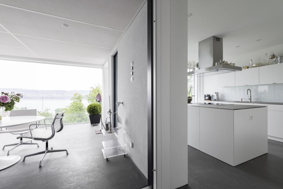 exklusiver innenausbau f r wand und mineralische bodenbel ge mit bodarto. Black Bedroom Furniture Sets. Home Design Ideas